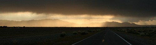 Maantee ja pilved